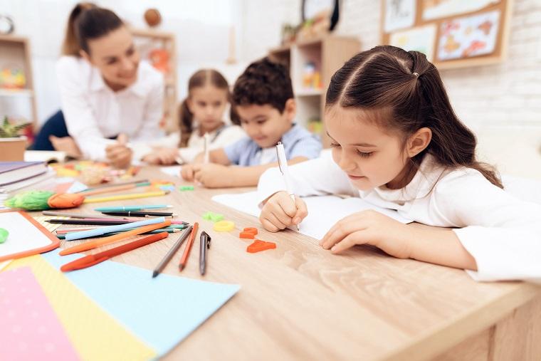 Ayuda en Acción insiste en que las instituciones deben esforzarse para que la educación llegue a todos los niños