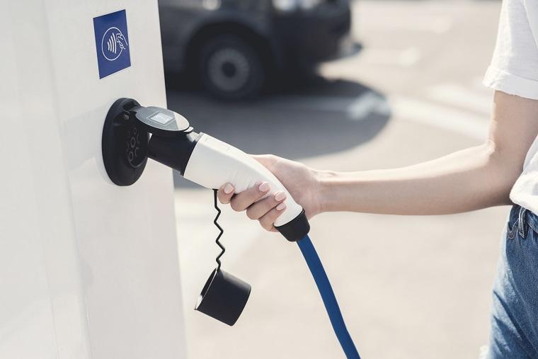 Tesla anuncia su nueva batería eléctrica capaz de aguantar hasta dos millones de kilómetros y 16 años de vida útil