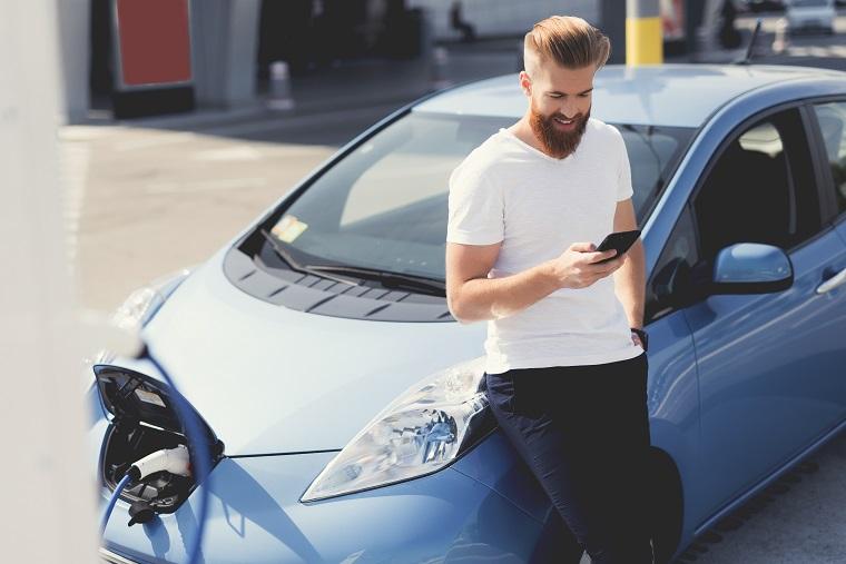 El Gobierno ejecuta un plan integral para renovar todo el parque automovilístico y fomentar los vehículos eléctricos