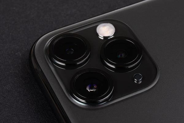 Apple no incluirá el cargador ni los auriculares al comprar el nuevo iPhone 12